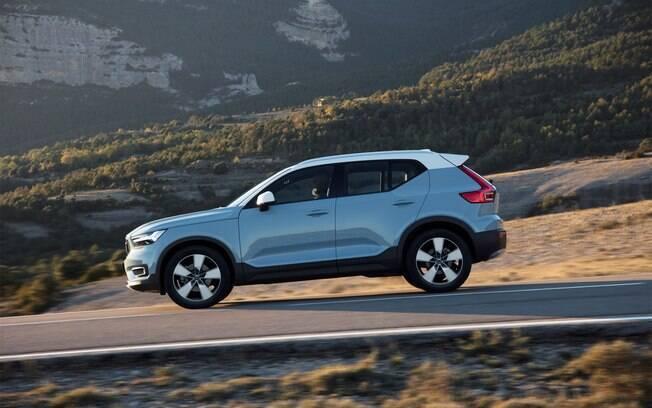 Volvo XC40 deve conquistar clientes de Hyundai New Tucson,  Honda CR-V e as versões mais equipadas do Jeep Compass