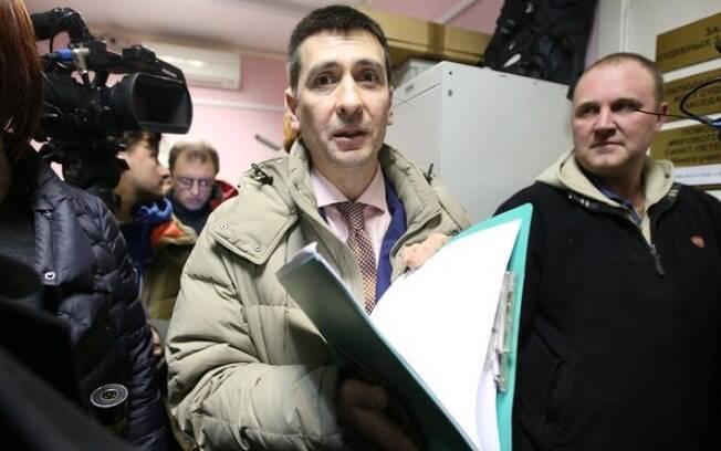 O professor de ioga Dmitry Ugay foi preso na Rússia por falar sobre a prática