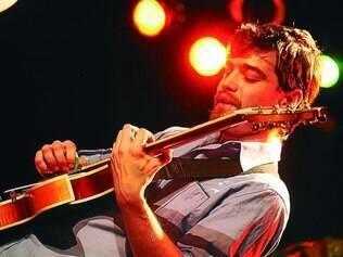 """Vencedor. O guitarrista Pablo Passini apresenta no domingo o CD """"Niños"""", ganhador do prêmio de melhor disco instrumental de 2013"""