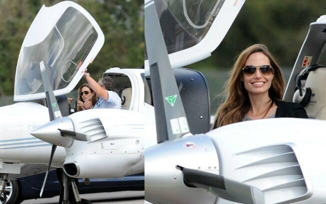 Angelina Jolie em sua aula de pilotagem