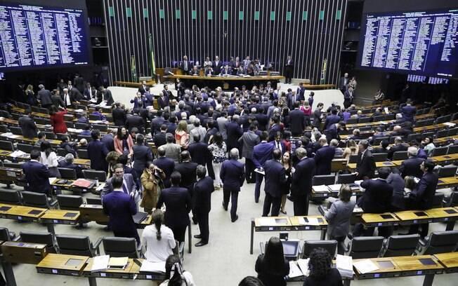 Plenário da Câmara dos Deputados durante sessão para votar reforma administrativa