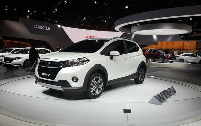 Embora a marca diga que o Honda WR-V é um SUV compacto, fica difícil não achar que não passa de um Fit aventureiro