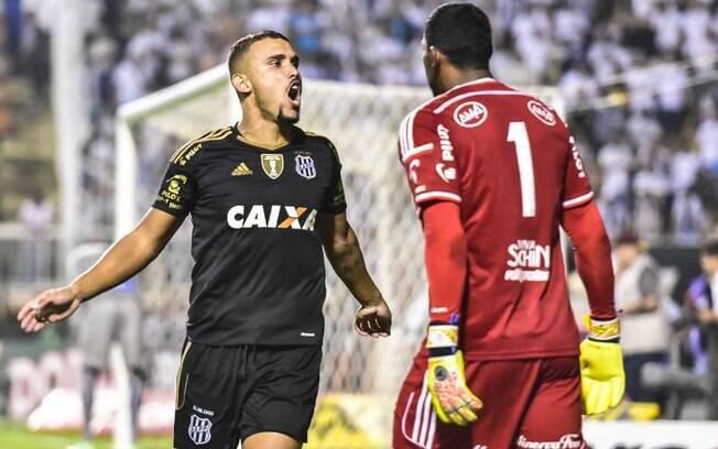 Equipe de William Pottker e Aranha (foto) eliminou o Santos e o Palmeiras no caminho à final do Paulistão 2017