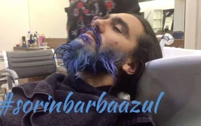 Sorín cumpre promessa e pinta barba de azul depois de título do Cruzeiro