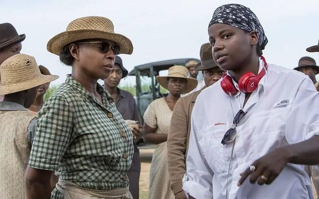 Mary J. Blige e a diretora Dee Rees em produção no filme