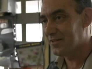 Carlos Cesar: supervisor em uma oficina mecânica, 50 anos, fuma desde os 15.