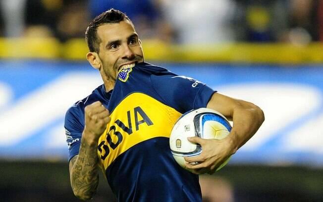 Tevez comemora gol pelo Boca Juniors