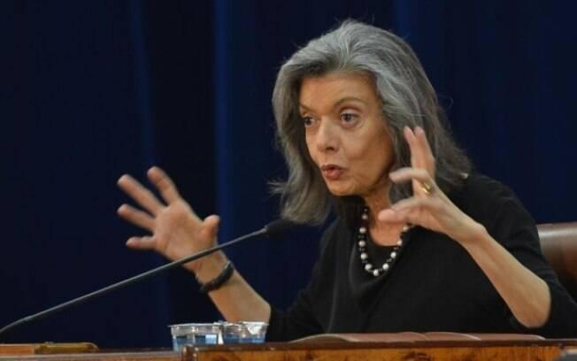 Cármen Lúcia suspendeu nesta segunda-feira (16) a resolução da ANS que encarece planos de saúde