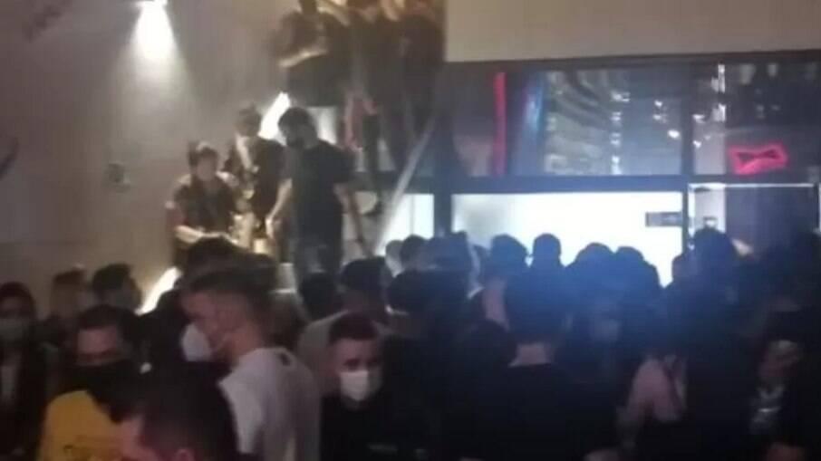Polícia fechou festas clandestinas em São Paulo com mais de 700 pessoas