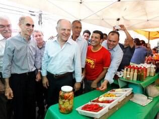 Durante visita ao mercado municipal da cidade, o pré-candidato destacou metas de seu programa de governo