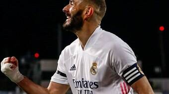 Benzema volta a ser convocado pela seleção francesa