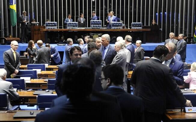 Senado federal ainda precisa aprovar instalação da CPI da Lava Toga