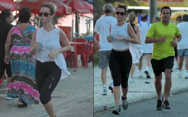 Juliana Didone corre pela orla da praia nessa segunda-feira (06)