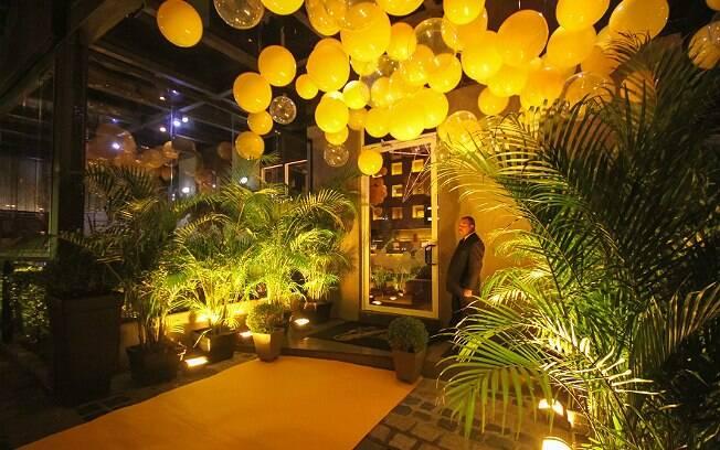 Primeiro bar conceitual do mundo da Schweppes fica em Curitiba