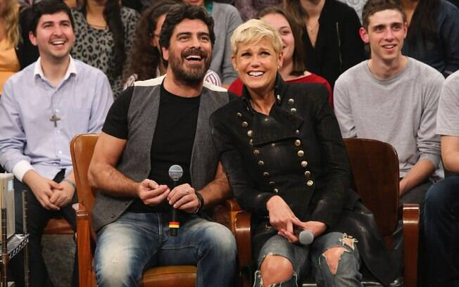 Xuxa e Junno durante gravação do programa
