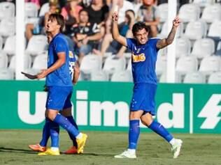 Goulart agora tem 13 gols no Brasileiro e é o vice-artilheiro da Raposa na competição