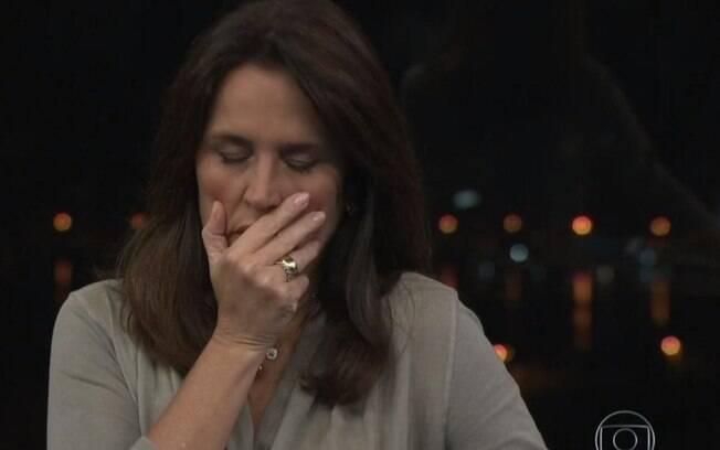 Ana Luíza Guimarães se emociona durante o RJ TV 2ª Edição