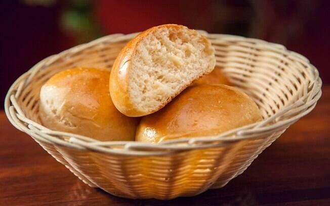 Veja como fazer pão de batata