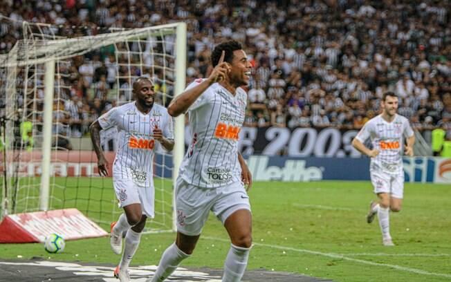 Gustagol marcou o gol da vitória do Corinthians no Ceará