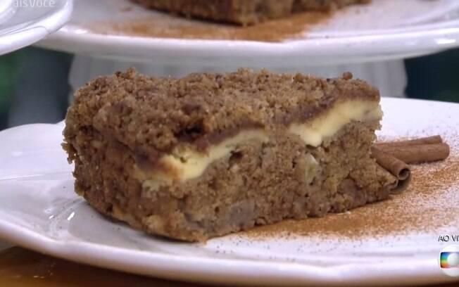 Ana Maria Braga ensinou como fazer um bolo de maçã nesta quinta-feira (16)