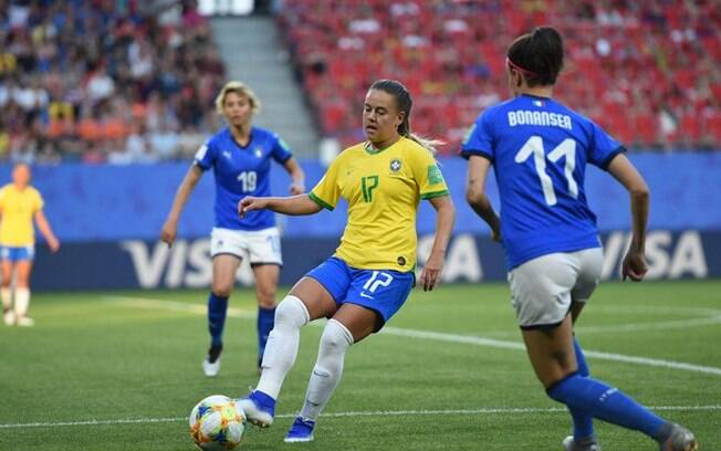 Brasil enfrenta a França neste domingo nas oitavas da Copa feminina, destaque da agenda do futebol