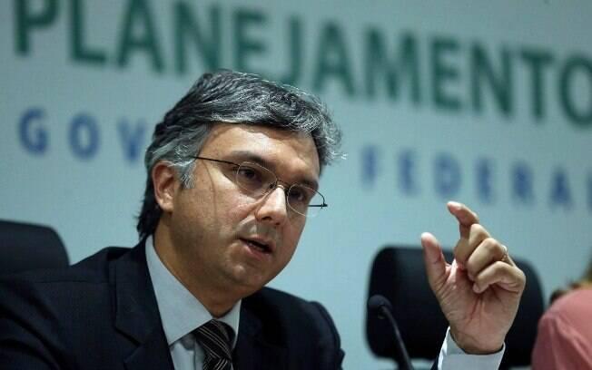 A flexibilização da estabilidade do servidor público faz parte de uma reforma administrativa proposta por Colnago