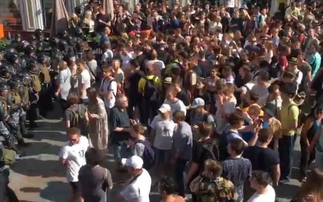 Protesto em Moscou terminou com 400 presos. Manifestações foram consideradas ilegais por autoridades