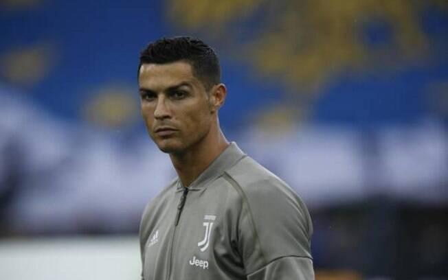 Cristiano Ronaldo é intimado a entregar amostra de DNA em caso de abuso sexual