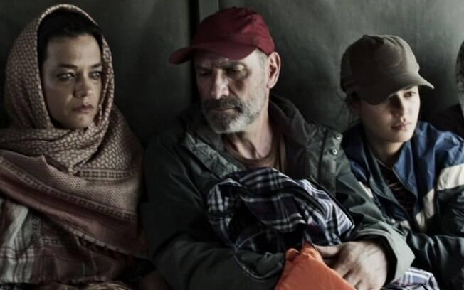 Laila e os pais, Missade e Elias naufragam durante fuga para Grécia