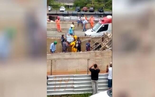 Homem  encontrado morto em obra do BRT