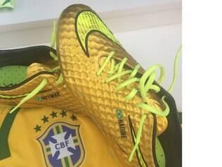 Neymar espera que chuteira dourada o continue ajudando a buscar artilharia da Copa