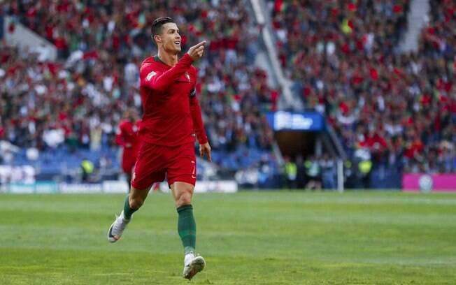 Cristiano Ronaldo comemora por Portugal