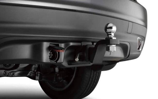 Engate bola oferece risco aos pedestres, além de afetar diretamente a estrutura do carro em colisões