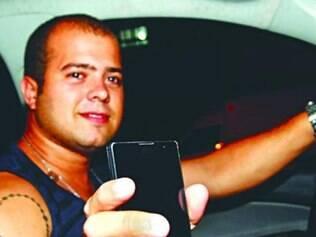 O universitário Fernando Webert já bateu ao procurar o celular