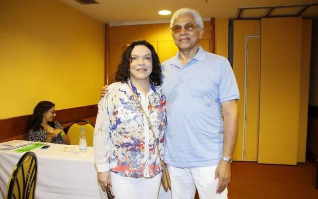 Paulinho da Viola e a mulher, Lan