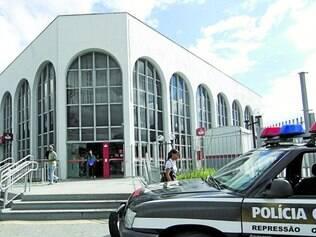 Motivo. Polícia afirma que número de ocorrência em bancos poderia ser menor se lei fosse respeitada