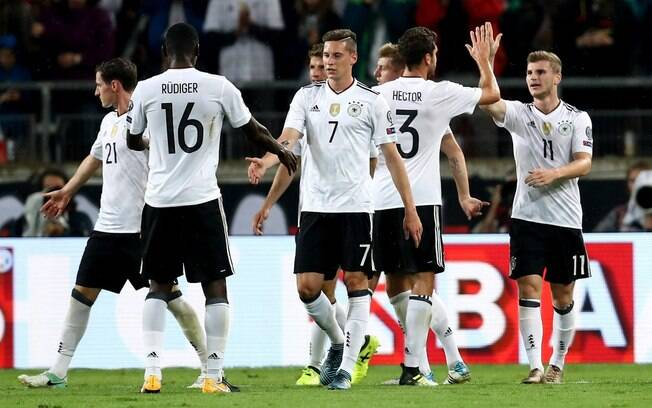 Alemanha venceu seus dois últimos jogos e agora lidera o ranking da Fifa