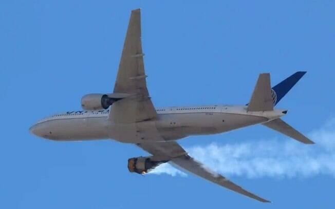 Após incidente, Japão emite alerta para voos com Boeing 777