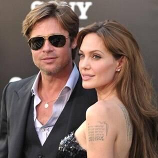 Angelina Jolie e Brad Pitt já foram casados antes de engatar o romance. Atualmente vivem juntos e têm seis filhos
