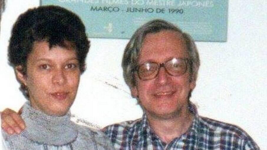 Heloísa na juventude com o pai, Olavo de Carvalho