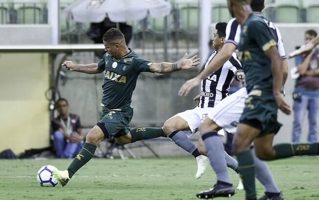 O América-MG venceu o Botafogo no Horto