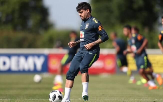 Fágner foi convocado para seleção brasileira no lugar de Daniel Alves