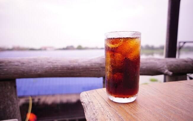 Pessoas que consomem refrigerante diet têm três vezes mais chances de sofrer demência ou derrame