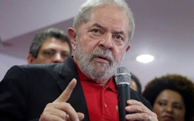 Lula havia sido condenado na primeira instância a cumprir 9 anos e 6 meses de prisão, mas sentença aumentou