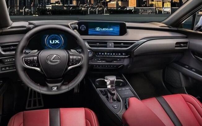 Interior traz linhas futuristas e muita sofisticação. Os equipamentos são os de última geração da Lexus