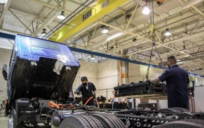 VWCO anuncia instalação da Baterias Moura em sua fábrica para produção do caminhão elétrico e-Delivery