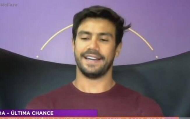 Mariano fala sobre seu relacionamento na Hora do Faro