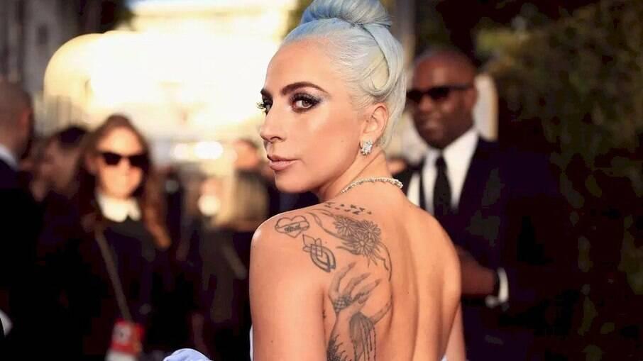 Lady Gaga participou de série sobre saúde mental e falou sobre abuso sofrido