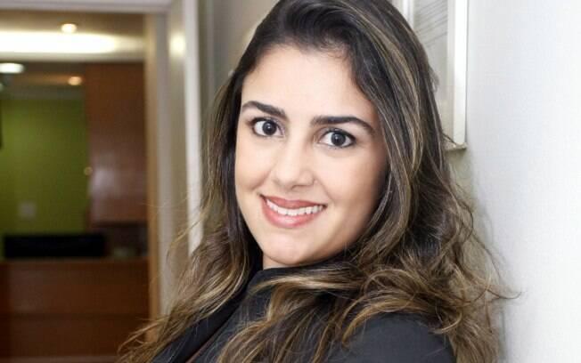 Micropigmentadora Raphaella Bahia costuma usar até três tons de tinta na micropigmentação para chegar no tom ideal