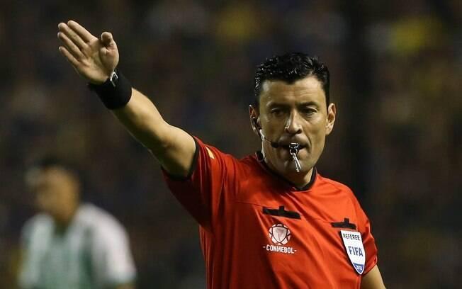 Roberto Tobar será o árbitro da final da Libertadores